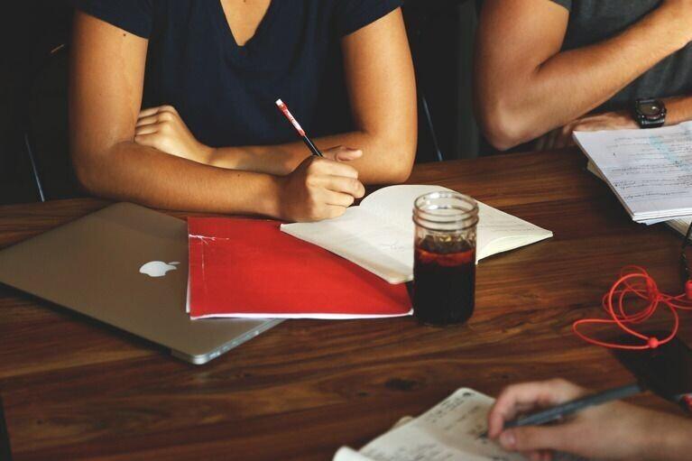 Content how to write an argumentative essay